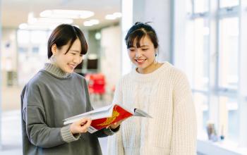 寄附金は本学学生の学修環境向上のために使われます。